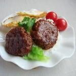 漢堡排蓋飯(早餐菜譜)