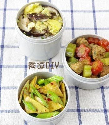 烧肉丸、香菇炒鸡蛋、芹菜炒豆干