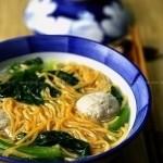 自制胡萝卜面条(早餐菜谱)