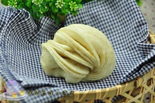 椒盐花卷(早餐菜谱)