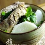 萝卜炖排骨(荤素搭配菜谱)