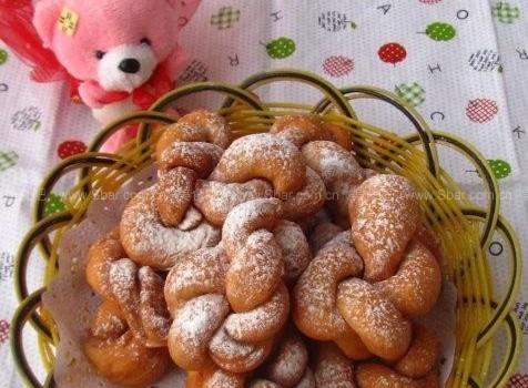 自制酥脆麻花(零食菜谱)