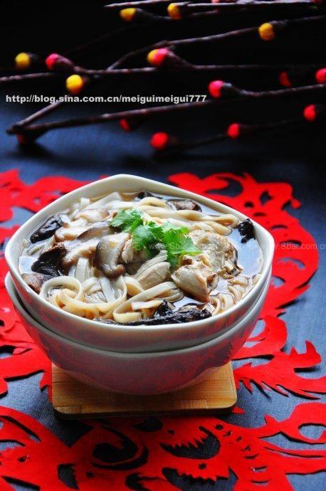 早餐炖鸡面(魔芋菜谱)香菇烧羊排图片