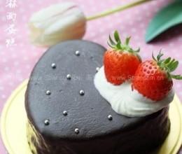 巧克力淋面蛋糕做法