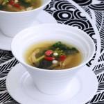 猪脊骨煲金银菜 (营养靓汤菜谱)