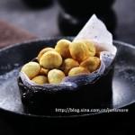 芝士软香球 (香甜可口的小点心菜谱)