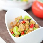 蚕豆烧鸡肉(春季孩子增高菜谱)
