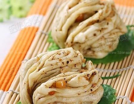 花生椒盐花卷(早餐菜谱)