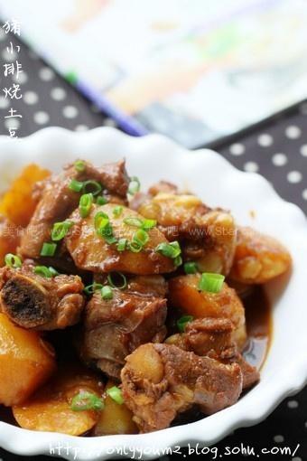 猪小排烧土豆