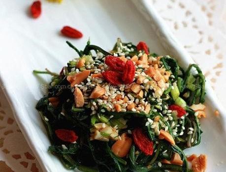 凉拌蒲公英(家庭食疗菜谱-蒲公英是春夏季清热解毒的好食材)