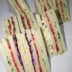 鸡蛋三明治、鸡肉三明治、牛肉三明治、芝士蔬菜三明治(五分钟搞定四种清凉一夏的简单三明治菜谱)