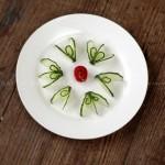 漂亮的黄瓜围片怎么切?(水果拼盘菜谱)