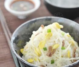 黄豆芽拌饭