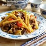 酸笋炒鸡胗(柳州菜谱)