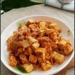 泡菜炒豆腐(开胃下饭菜谱)