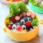 企鹅饭团(10分钟轻松搞定人见人爱的企鹅便当菜谱)