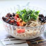 豆面饸饹(北方特有的传统消暑面食菜谱)