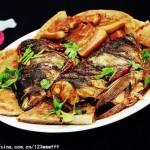 鱼头肥肉泡大饼(荤菜菜谱)