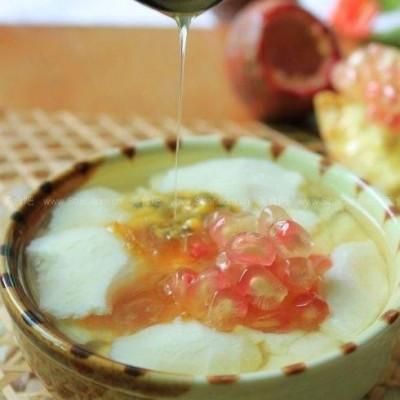 蜜豆玫瑰豆腐花