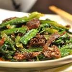 豆豉鲮鱼油麦菜(荤素搭配菜谱)