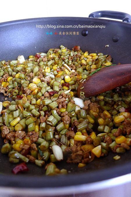 酸肉末孕妇炒做法(荤素搭配玉米-自制酸豇豆)营养的全集豇豆菜谱大全大及菜谱图片
