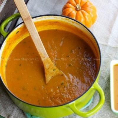 南瓜蔬果浓汤