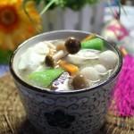 芙蓉菌菇丝瓜汤(营养美味的汤汤水水菜谱)