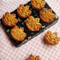 玛丽猫莲蓉月饼