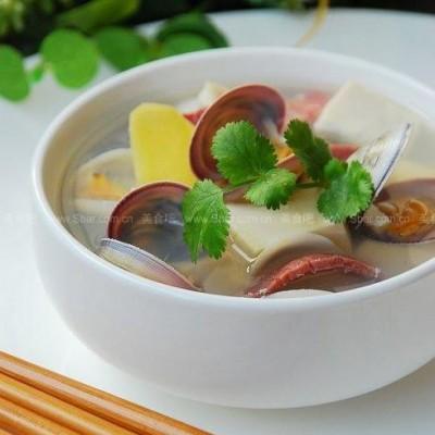 白蛤豆腐汤