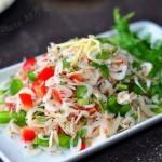 青红椒拌虾皮(好吃好看简单有营养的小凉菜菜谱)