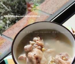 黄豆猪脚浓汤