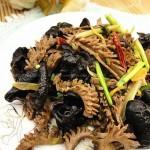 木耳炒猪腰(荤素搭配菜谱-把猪腰切的像麦穗)