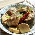 黄鱼炖豆腐(补钙及美容菜谱)