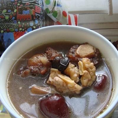 红枣黑豆牛尾汤