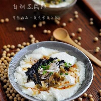 自制一碗软白细滑嫩的豆腐脑