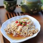 剁椒蒸金针菇(十分钟打造美味快手菜谱)