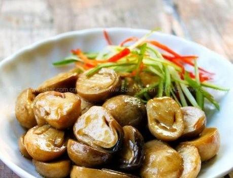 蚝油草菇(素菜菜谱-草菇去腥一招制胜)