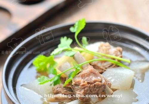 白萝卜清炖羊排(荤菜菜谱)