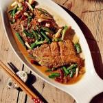 青蒜鲳鱼(海鲜菜谱-煎鱼不破皮的妙招)