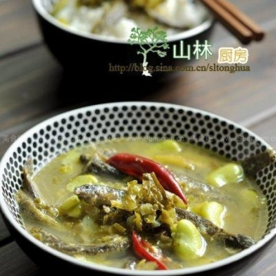 泥鳅雪菜蚕豆汤