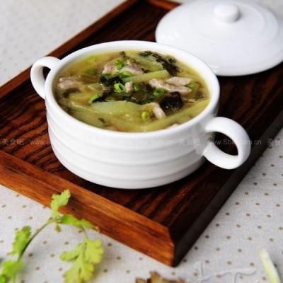 肉丝雪里蕻土豆汤