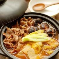 韓式鮮菌辣肥牛湯鍋