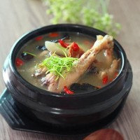 火腿燉雞湯