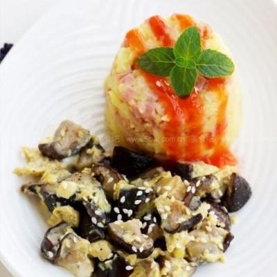 微波蘑菇烘蛋配奶香火腿土豆泥