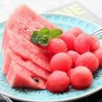 1分钟快切花样西瓜(水果拼盘-西瓜季宴客果盘的五种优雅切法)