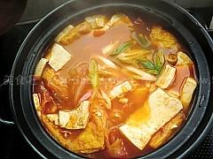 韩国火腿泡菜豆腐汤