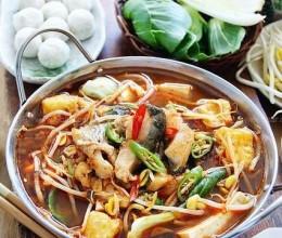 韩式辣酱汤鲜鱼火锅