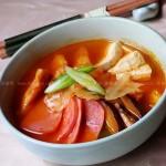 韩国火腿泡菜豆腐汤(韩国料理)