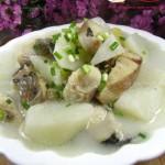 山药黑鱼汤(清热解毒润肤祛燥的美容汤)