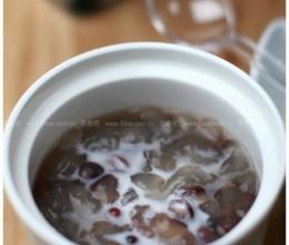 红豆炖雪蛤